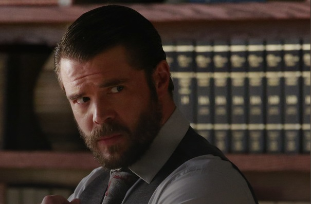 How to get away with murder season 3 premiere spoilers whos abc tvactor charlie weber playing the role of frank in how to get away with murder ccuart Images