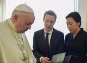 pope-francis-mark-zuckerberg