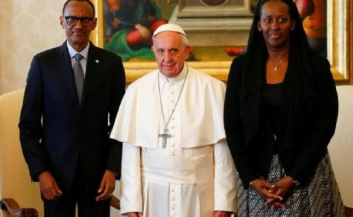pope-francis-rwanda-president-paul-kagame-and-his-wife-jeannette