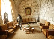 islamic-front-fighter-in-syrian-church