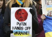 protests-against-russian-troops-in-ukraine-outside-european-union-office-in-brussels