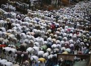 indian-muslims-pray
