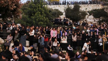 israelis-at-funeral-of-synagogue-victims