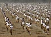 volunteers-of-hindu-nationalist-organization-rashtriya-swayamsevak-sang