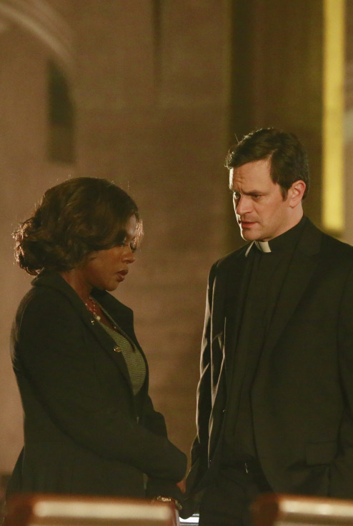 How to get away with murder finale spoilers did one of keatings tvlineabcannalise takes the case of a priest accused of murdering another priest despite her views on religion ccuart Image collections